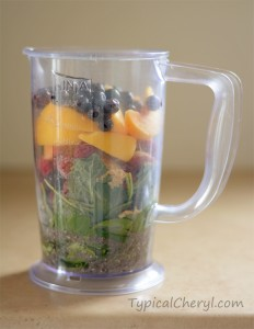 Banana, peach, mixed berry green smoothie recipe